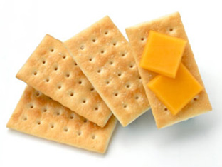 crackers w cheese - 12 FOODS TO AVOID IMMEDIATELY IF YOU ARE SERIOUS ABOUT GETTING FIT